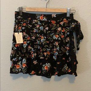 NWT Forever 21 Ruffle Skirt
